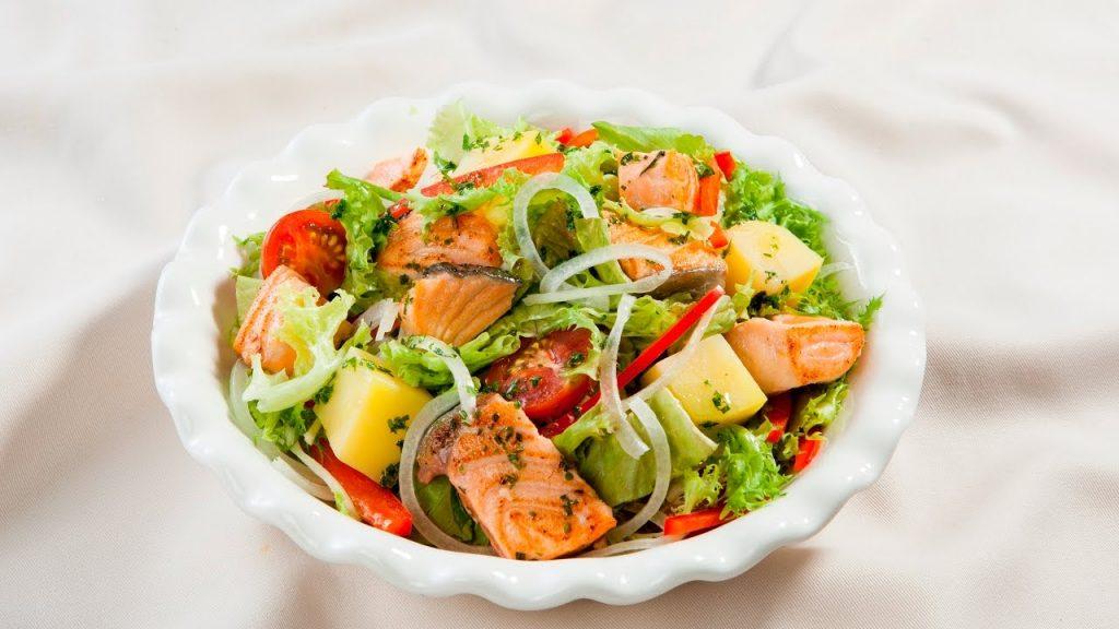 cách làm salad cá hồi
