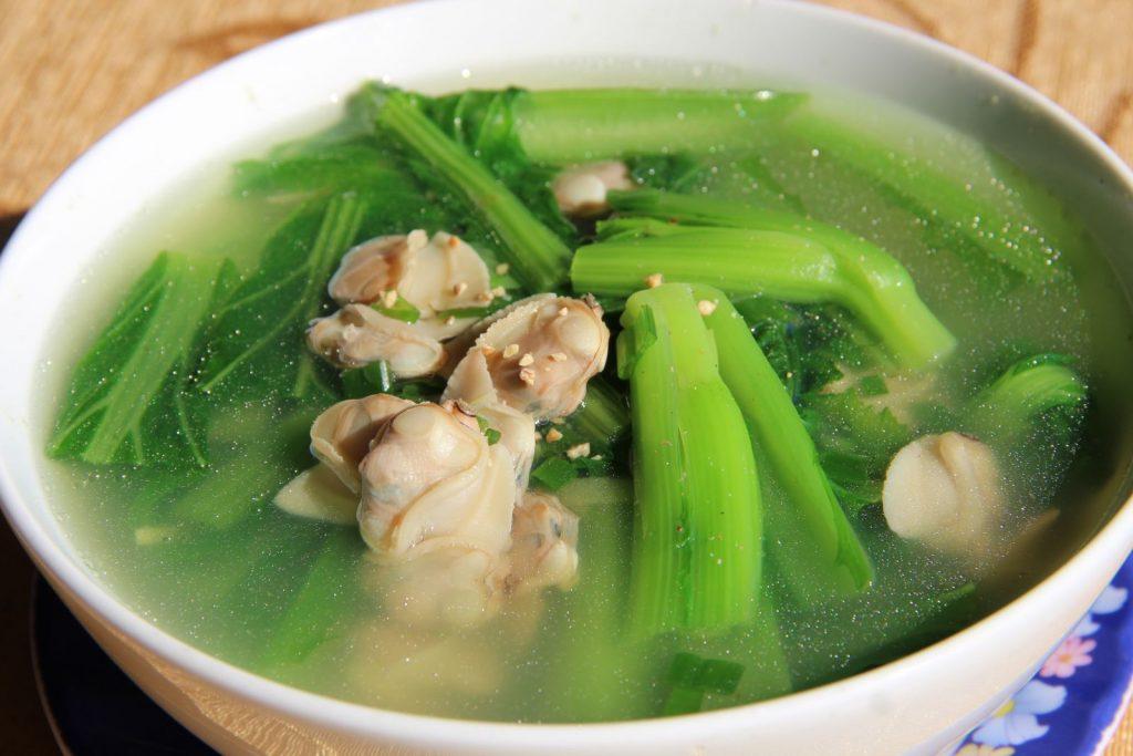 canh ngao nấu rau cải
