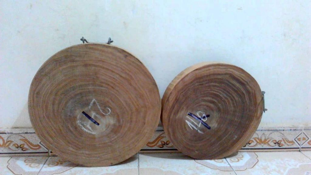 thớt gỗ nghiến cành